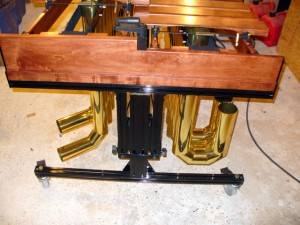 Low Endframe of Aluminum/Wood Hybrid Height Adjustable Marimba Frame.